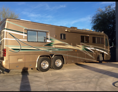 2002 Country Coach Affinity 38'