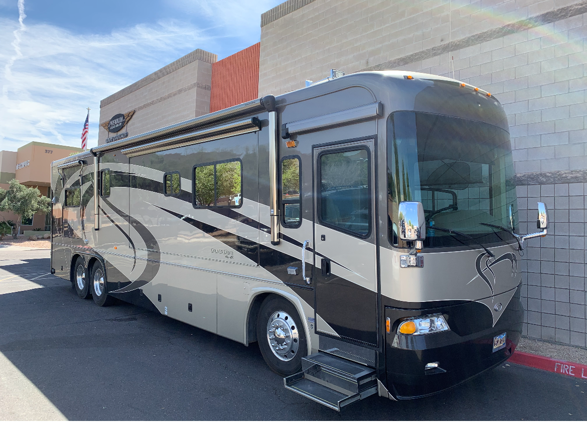 2005 COUNTRY COACH ALLURE 40'