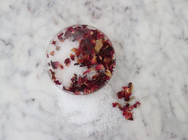 Rond doosje - Wit bloemenzout