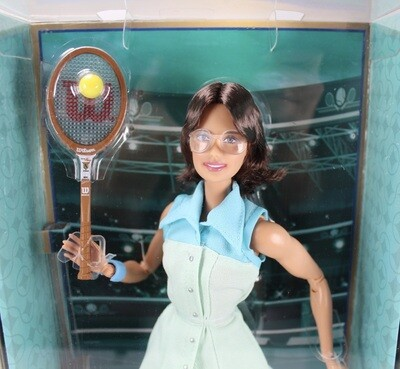 2020 Barbie Signature: Billie Jean King Barbie Inspiring Women Doll BNIB MINT