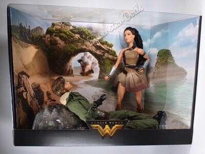 2017 Silver Label: Wonder Woman Paradise Island Barbie Doll Gift-set