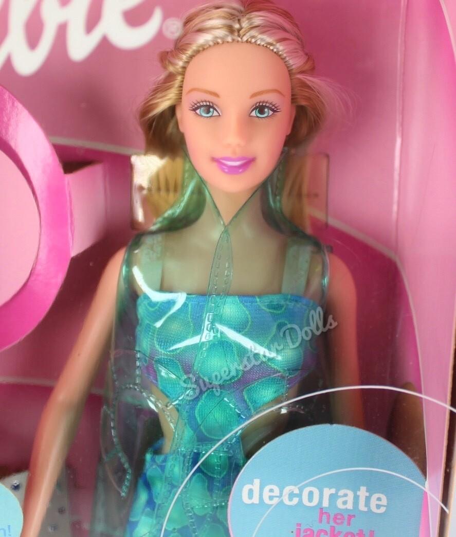 2001 Amazing Nails Barbie Doll