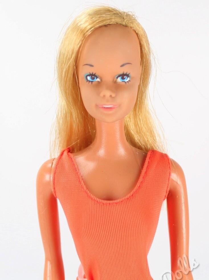 1971 MOD Era Malibu Barbie Doll
