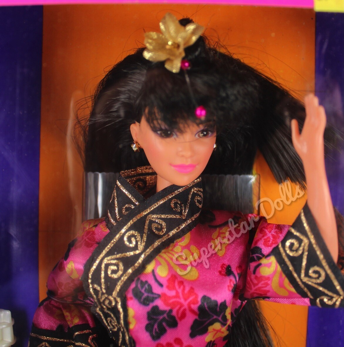 1993 Chinese Barbie Doll from the Dolls of the World Collection