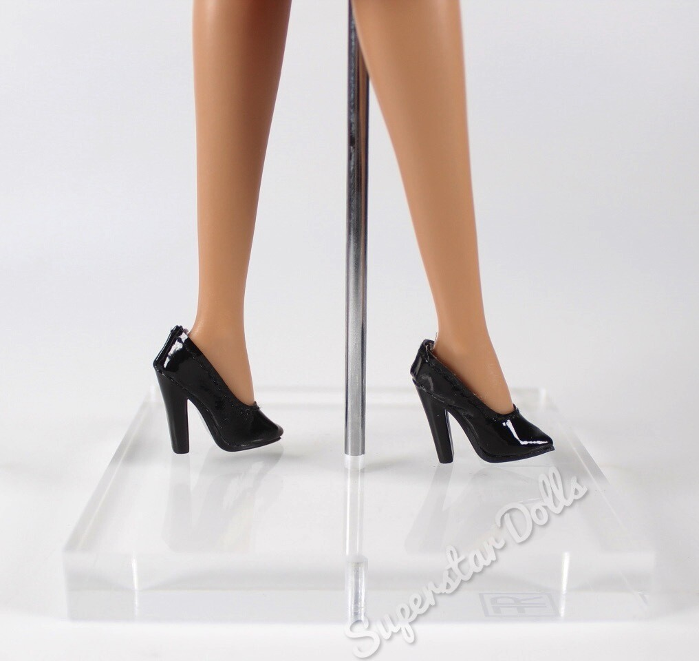 Integrity Toys: Fashion Royalty Black Court Shoes