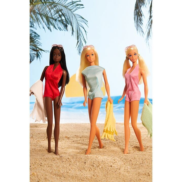 2021 Gold Label: Malibu Barbie Gift Set PRE-ORDER