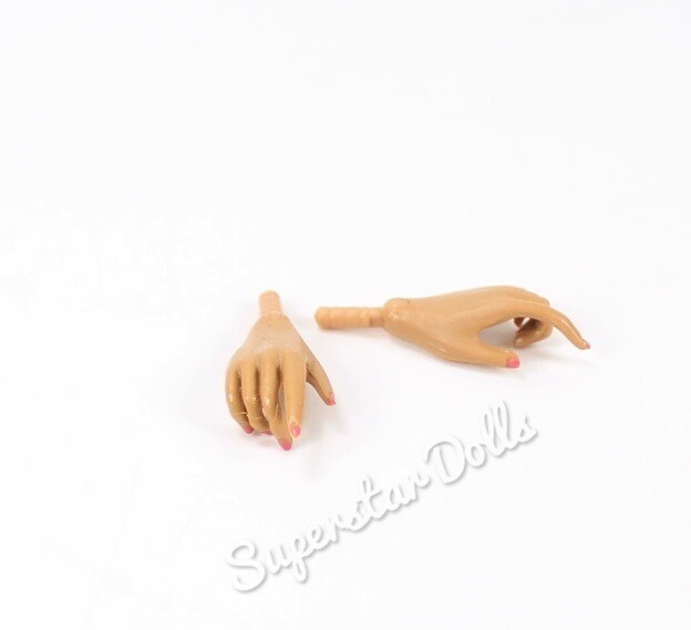 Integrity Toys: Sun-kissed  Hands
