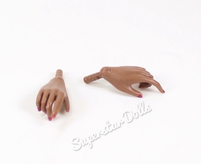 Integrity Toys: A-Tone Skin tone Hands