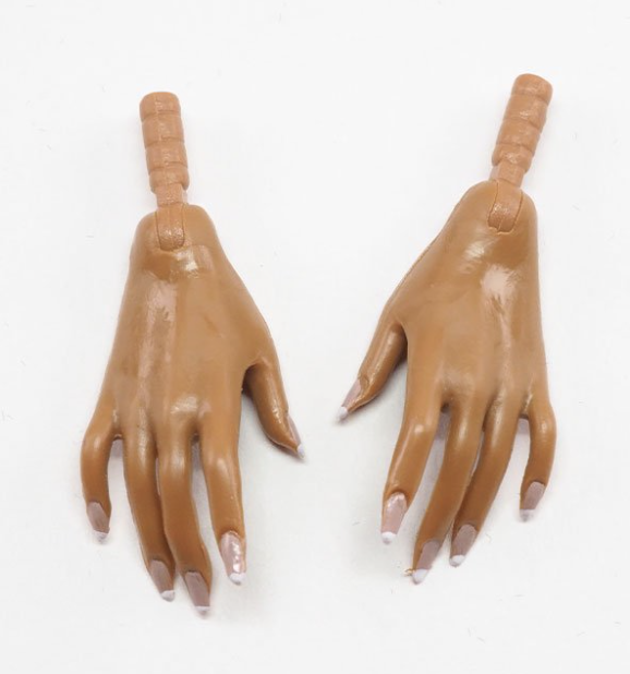 Integrity Toys: Tres Chic 2020 Convention Hands