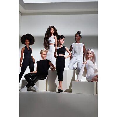 2021 Black Label: Barbie Looks Complete Set of 6 Dolls PRE-ORDER