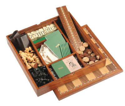 Games Backgammon Cribbage Maple and Walnut Chess board