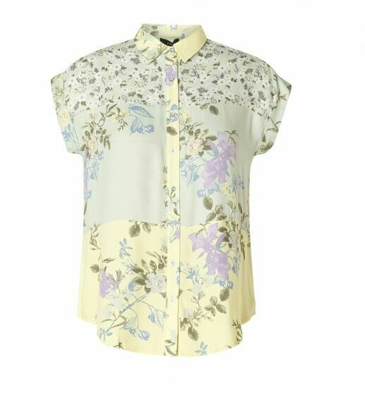 Yest Ingrid S/S Button Down Floral Top