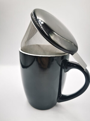Zwarte theemok met filter