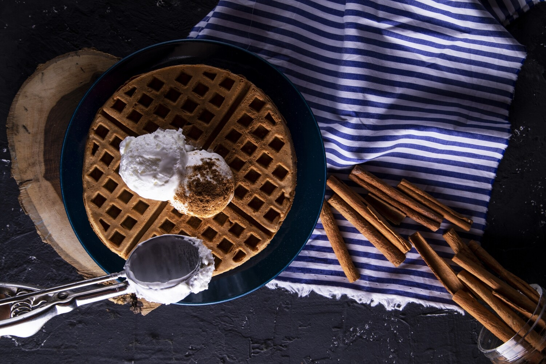 Cinnamon Waffle with Icecream