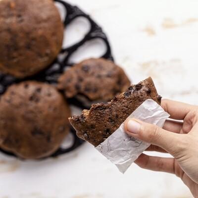 2 Chocolate Cookies