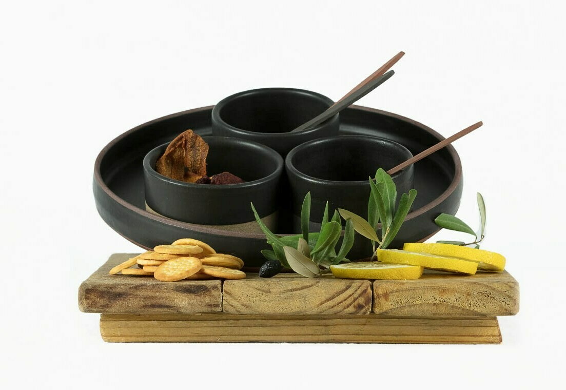Set - Snacks (3 bowls, Tray and 3 x Free Pate Knives