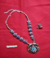 Victoria Beads Handmade Necklace set with Lakshmi Pendant