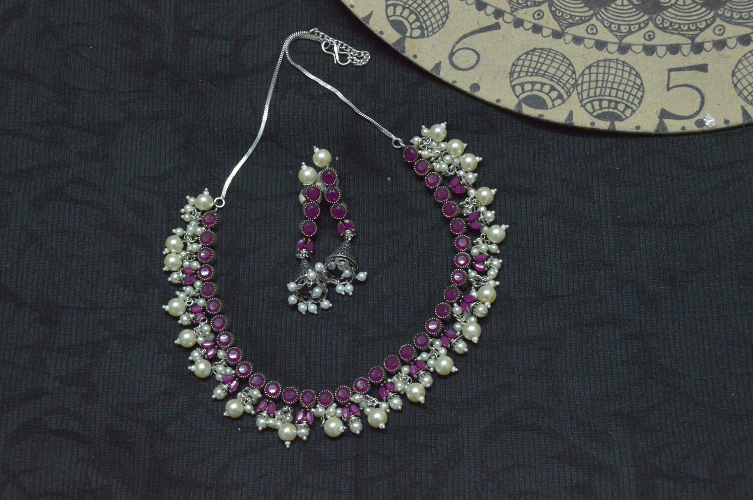 RUBY COLOR STONES NECKLACE WITH PEARL BEADS AT BOTTOM