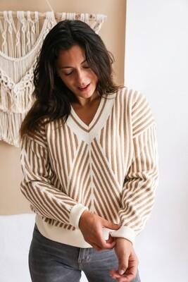 Saga V-neck sweater Ecru