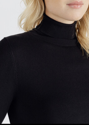 Roll neck Black