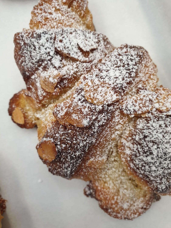Almond Croissant - individuals
