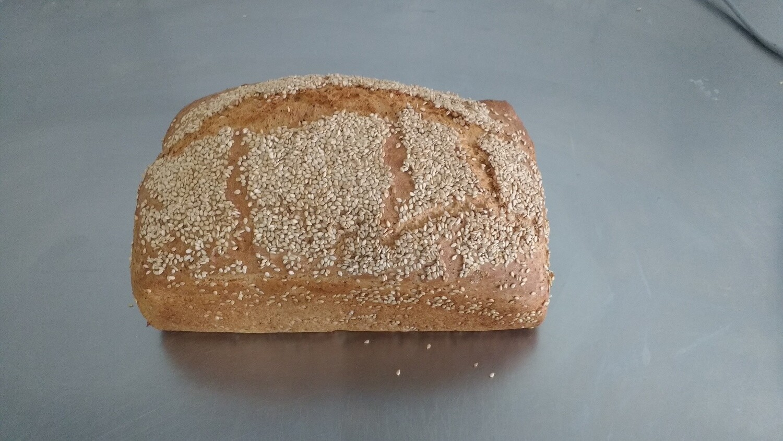 Sesambrood ' t Pateeke 800 G ( bestellen voor dinsdag 18 uur voor levering op zaterdag )