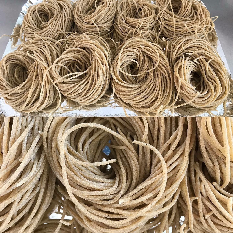 Spaghetti met boekweit ( GV-LV-Bio -vegetarisch) Bestellen voor dinsdag 18 uur voor levering op zaterdag !