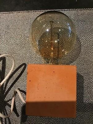 Unieke handgemaakte BETONLAMP incl E27 gloeilamp LED