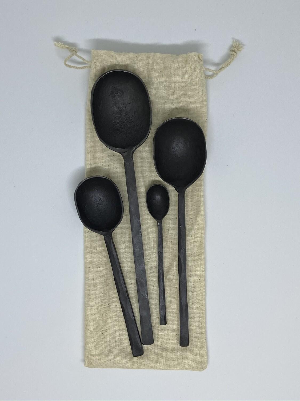 Creative Coop DF0792 Black Aluminum Spoon Set