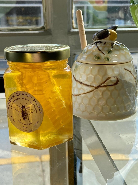 Hidden Quarry Honey 9 oz Hex Jar with COMB