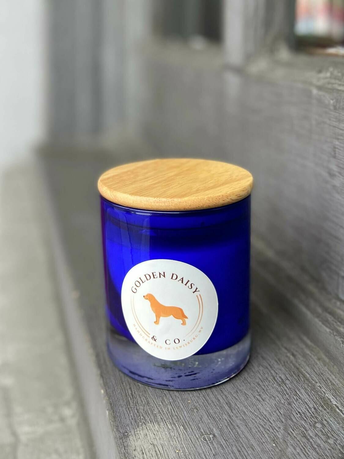 Golden Daisy Bella Signature 8 oz. Candle - Cobalt with Wooden Lid