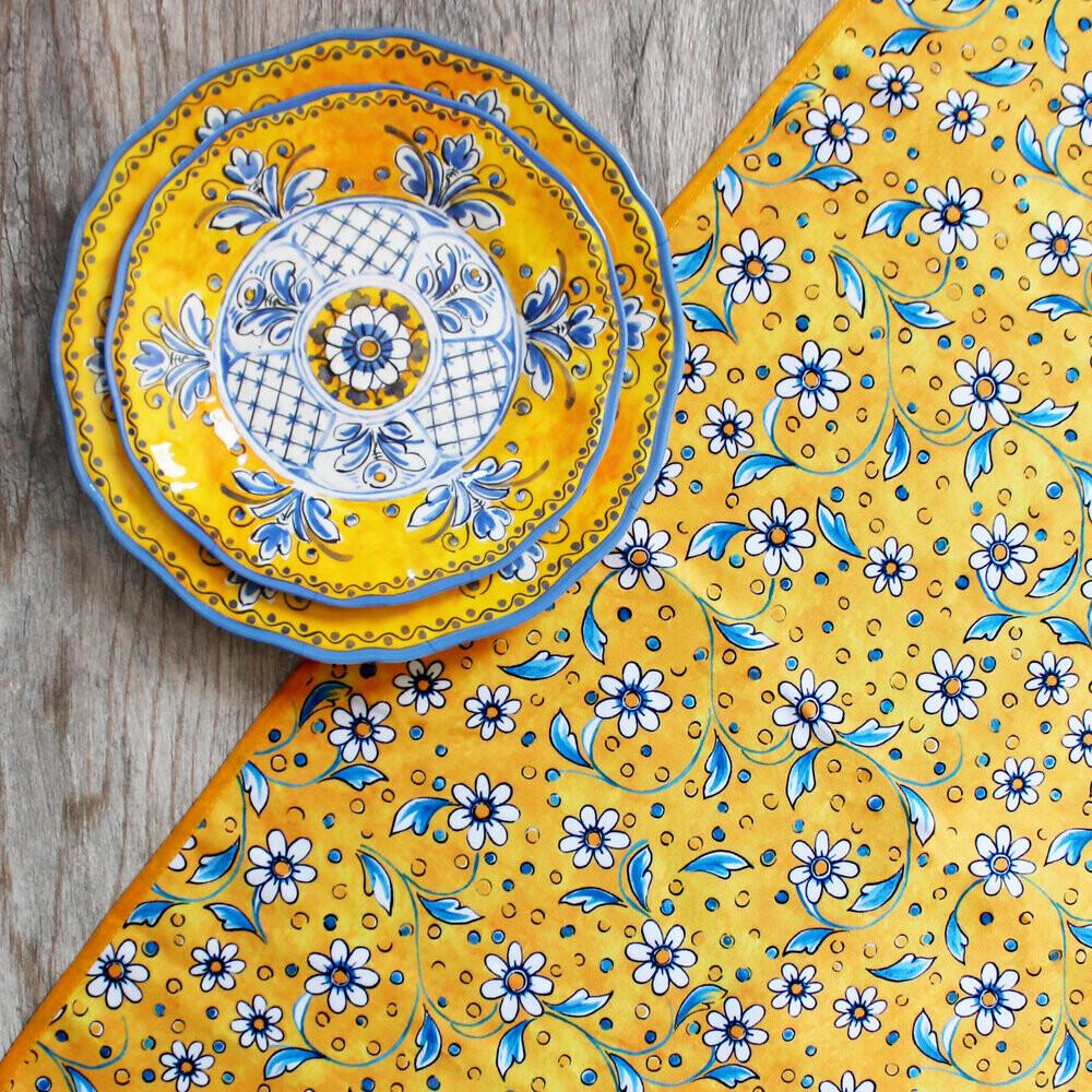 Le Cadeaux Benidorm Square Table Cloth 69 x 69