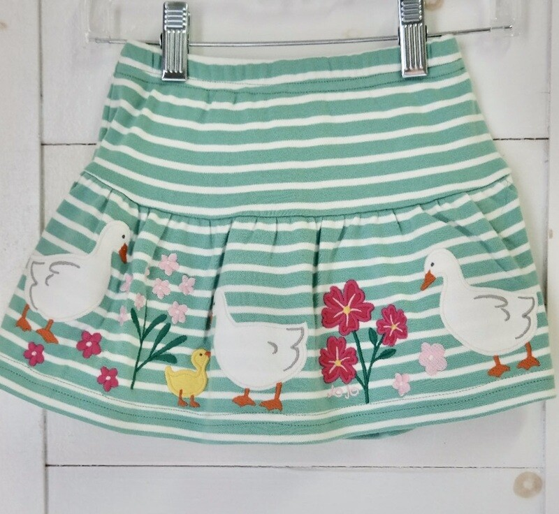Duck applique skort