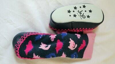 slipper socks 6-12 mos.