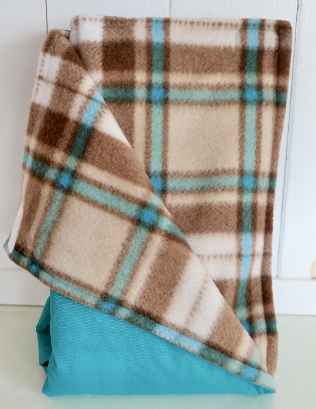 Maine River Otter Blanket 13C-Aqua/Brown&Teal Plaid