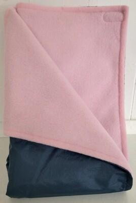 Maine River Otter Blanket 25C-Navy/Pink
