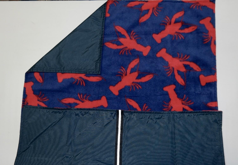 Maine River Otter Blanket 2C Navy/Lobster