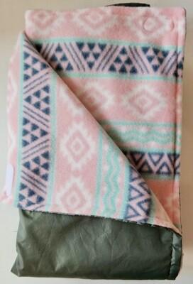 Pitt Patt Blanket 51C-Gray/Geometric Stripe