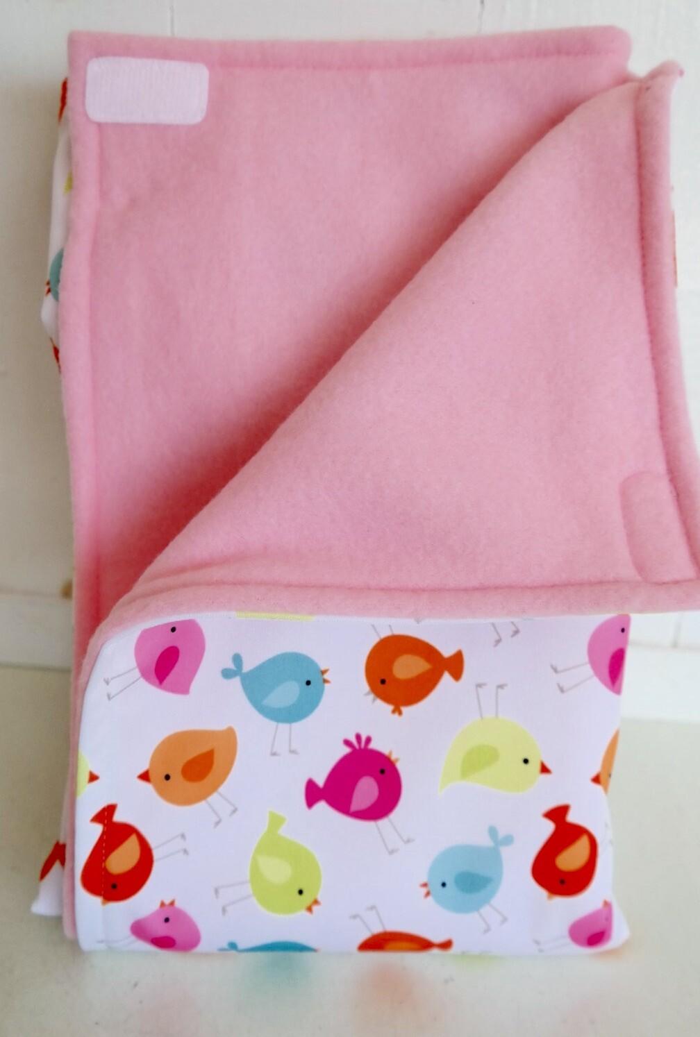 Maine River Otter Blanket 6C-Bird/Pink