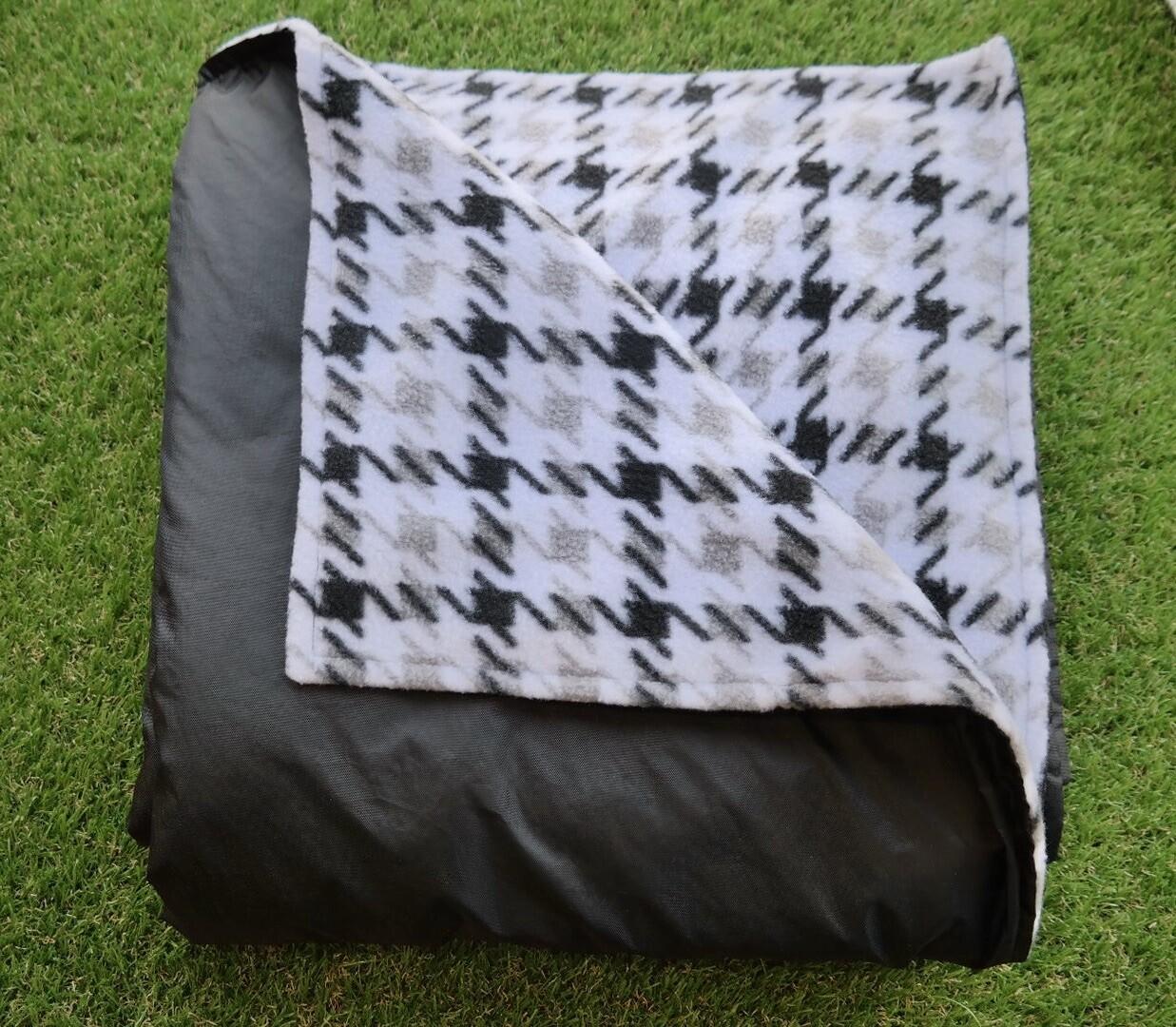 Pitt Patt Blanket 8F- Black/Black&White Houndstooth