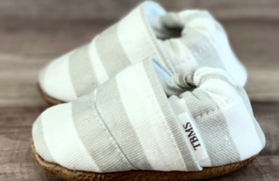 Trendy Baby Mocs - white and grey stripes 9-12mos