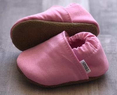 Trendy Baby Mocs - pink 9-12mos