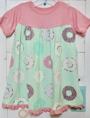 Pistachio donuts s/s swing dress