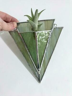 Grey Green Arrow Pocket