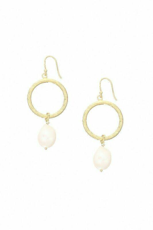 Margot Hoop Pearl Earrings