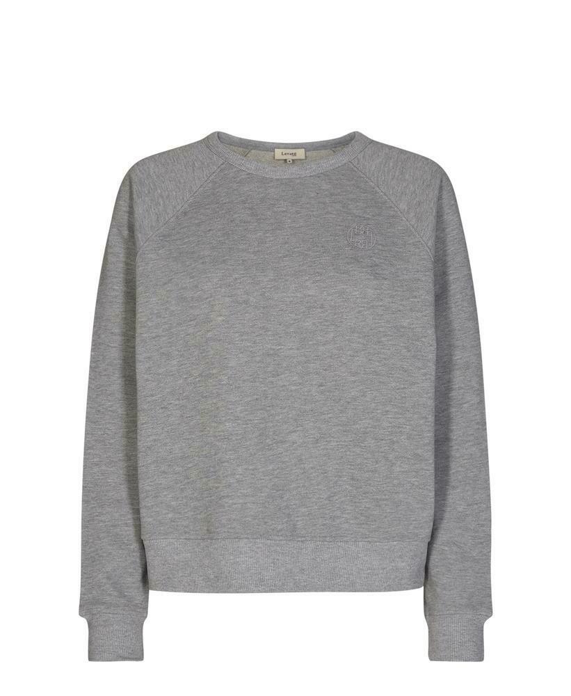 Nyttia Sweater