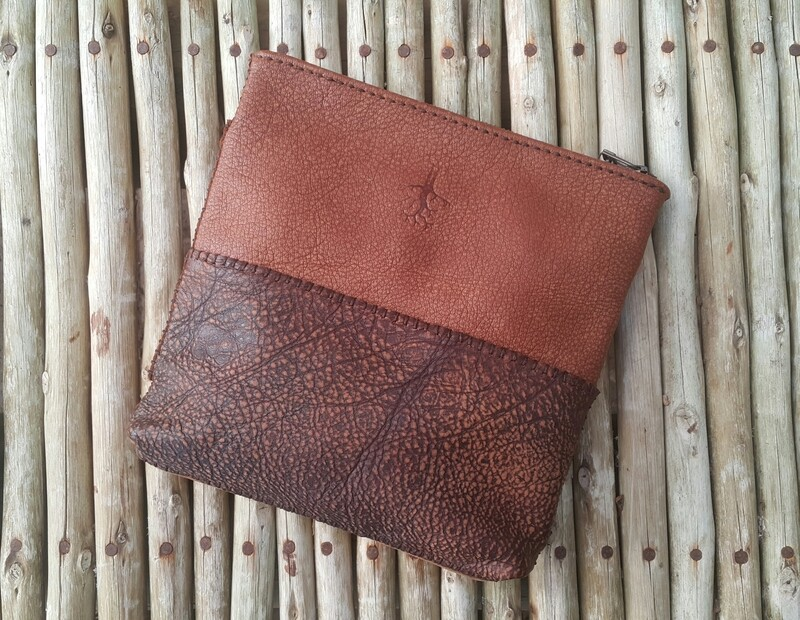 391 & 392 The Africa Pouch