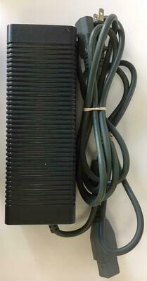 AC ADAPTER MODEL 1 175W (usagé)