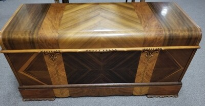 #1-1199 Roos Sweetheart Waterfall Cedar Chest with Original Label & Key