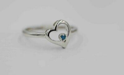 10k wg heart shaped ring w/ blue diamond